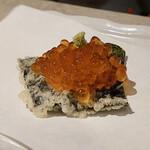 天ぷらとワイン 大塩 - いくらカナッペ