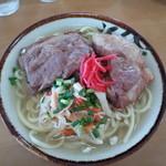 丸吉食堂 - ソーキそば700円