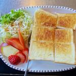 ベル - バタートースト