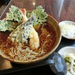 平成食堂 - 「天ぷらそば」850円