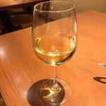 オステリア フルボ - フルボ(グラスワイン白)