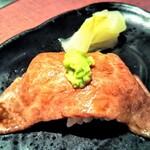 神戸牛焼肉 八坐和 - 中トロ肉寿司