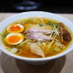 手打 親鶏中華そば 綾川 - 料理写真:親鶏中華そば