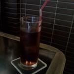 アリアバーアンドグリル - 黒ウーロン茶