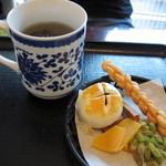 14673576 - お茶請けセット(650円) 12.05.04.