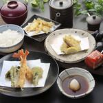 つな八 - 季節ランチ  白魚と春野菜定食
