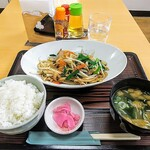獨協医科大学 日光医療センター - 料理写真:レバニラ定食!入院されてる方ごめんなさい。健康なうちにガッツリ行っておきます。