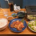 焼肉 YOKOHAMA 045  - ミックスホルモン定食
