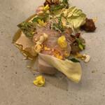 フランス料理 サンク - サワラ、ホワイトアスパラガス、ふきのとう、麦味噌、蛤とホワイトアスパラガスのソース