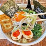 昌龍飯店 - 地元産野菜がたっぷりです
