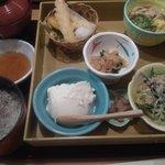 月の庵 - お手軽弁当 980円
