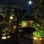 田舎 - 庭からお月様を見ながら、一杯飲みませんか?