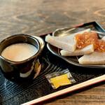 天野屋 - ・甘酒+ミニ味噌おでん 770円