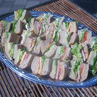リアン サンドウィッチ カフェ - サンドウィッチ6個を盛り合わせたプレート(要予約)4,800円