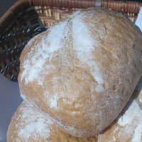 """リアン サンドウィッチ カフェ - フランス産の粉を使って72時間熟成させたオリジナルパン""""パヴェ"""""""