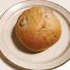 ベーカリー柳月堂 - 料理写真:くるみパン(105円)