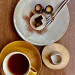 ボア フロッテ - 珈琲or紅茶とお菓子