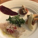 マンジェ・エ・ボワール NAGAO - 前菜盛合せ アナゴ燻製、牡蠣、蝦夷鹿の生ハム、スズキのカルパッチョ