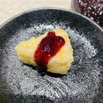天ぷらとワイン 大塩 - ブルーベリーソースかけるとデザート感覚