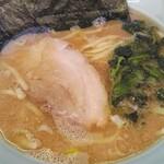 新岡商店 - 料理写真:新岡商店さんの塩ラーメンです。