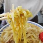 食堂ニューミサ - 麺リフトアップ