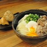 うどん研究所 麺喰道 - 料理写真:温玉豚塩うどん