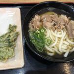 本場さぬきうどん親父の製麺所 - 豚肉うどん並サイズとタラの芽の天ぷらで750円