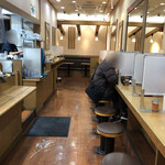 本場さぬきうどん親父の製麺所 - 店内