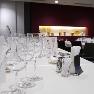 ソムリエが厳選するワイン会などイベント毎にお愉しみ頂けます
