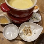 Cheese Cheers Cafe -