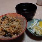 たかはし - 郷土料理定食の鯛めし、お吸い物、香り物