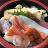 たかさご寿司 - 料理写真:ランチ ちらし寿司700円