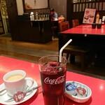北海道料理 ユック - コーヒー ホット 400円/コーヒー アイス 400円