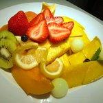 フルーツカフェ フルータス - カットフルーツ盛り合せ