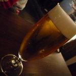 グローブカフェ - ☆友人は生ビールを☆