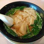 四川乃華 - 料理写真:ワンタン麵
