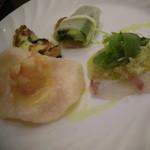 14691797 - サントキキコース(2000円)③前菜♪ たのんだ春巻きと一品被っちゃった。^~^