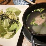 完全個室 九州地鶏居酒屋 焼鳥&肉寿司食べ放題 炭鶏 -