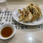 新味覚 - 料理写真:焼き餃子