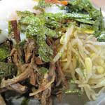 菜ずき  - 豆もやし・ぜんまい・海苔。