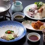 楽楽楽 - 料理写真:得意料理のふぐ料理!ふぐって何でこんなにおいしいんでしょう!!