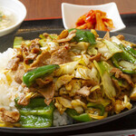 萬龍 - ホイコーロー丼