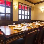 萬龍 - 10名テーブル席