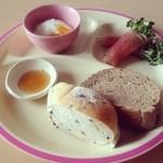 ハウネベーヤー - とある日の朝食…