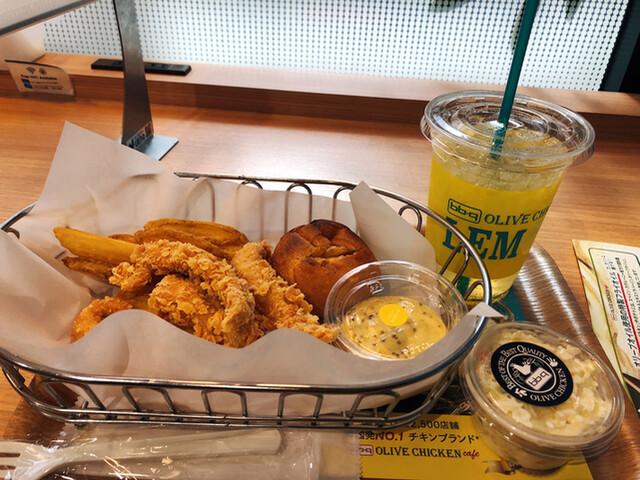 bb.qオリーブチキンカフェ 笹塚店の料理の写真