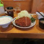 14695155 - ロースかつ定食(1300円)