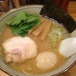 14695777 - 影虎味付玉子ラーメン(780円)