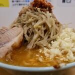 俺の生きる道 - 味噌ラーメン・ヤサイニンニクアブラ(1000円)