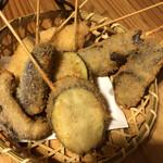 傳七寿司 - 料理写真:ランチ付串揚げ 1人4本×2人前 蒟蒻、茄子、椎茸、さつまいも