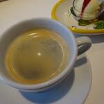 トラットリア ラクイラドォーロ - イタリアンなコーヒー